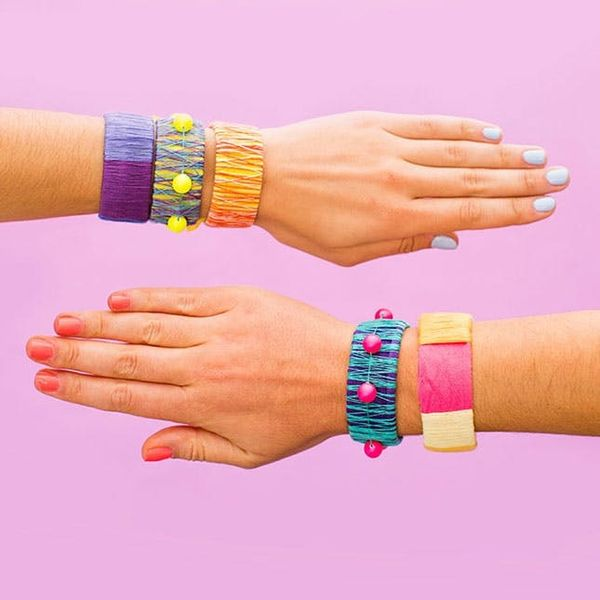 Use This Epic Thread Wrapper to Reinvent the '90s Slap Bracelet