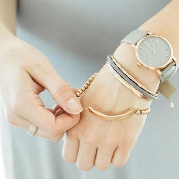This Genius Bracelet + Hair Tie Combo Is a Total Game Changer