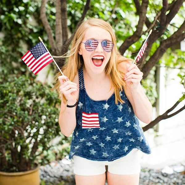 #LazyGirl DIY Alert! How to Make a 4th of July Tank in 10 Minutes