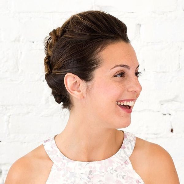Short Hair? DO Care About These 3 Updos for Bridesmaids With Short Hairstyles!