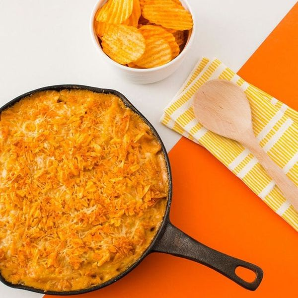 Skillet BBQ Mac + Cheese? Comin' Right Up!