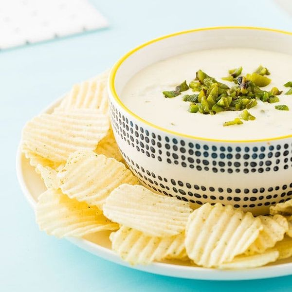 Impress Your Guests With Jalapeño Popper Dip