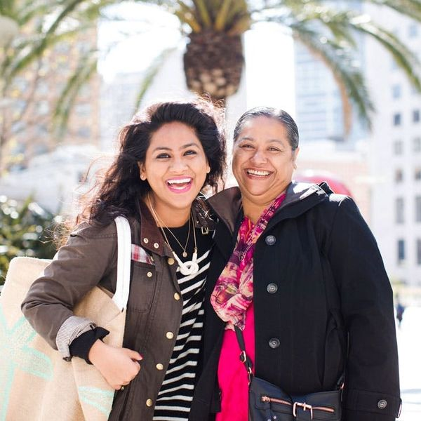 """This Mother-Daughter Duo Wants You to Do Good by Being """"Knotty"""""""