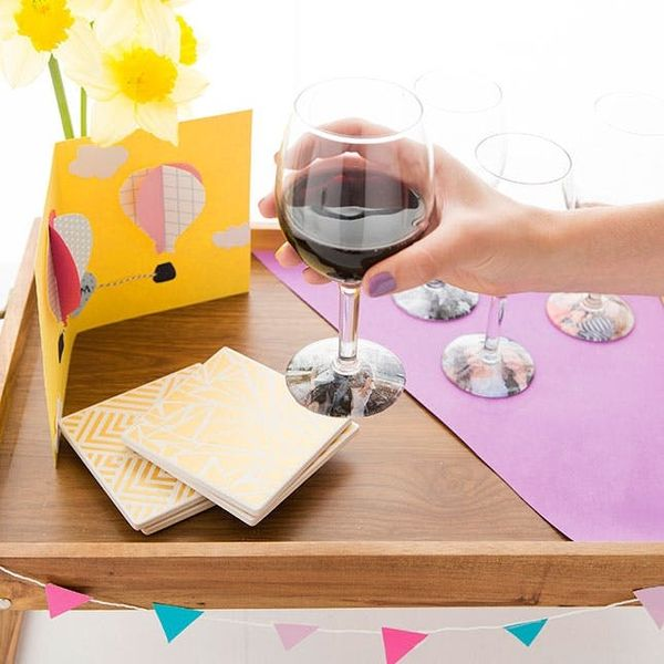 How to Personalize Wine Glasses for Mom This Mother's Day