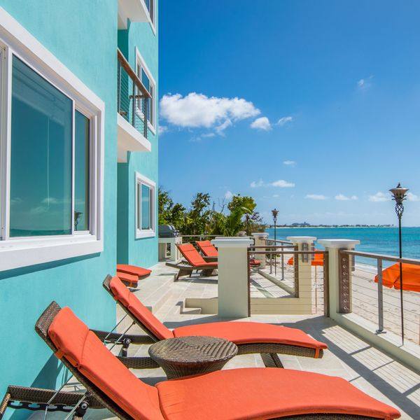 15 Beachfront Airbnbs to Make All Your Summer Dreams a Reality