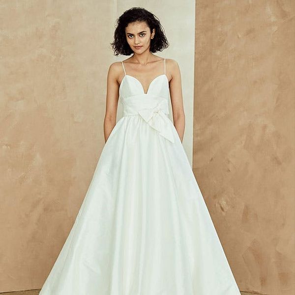 12 Wedding Dresses With Pockets That Are Anything But Bulky