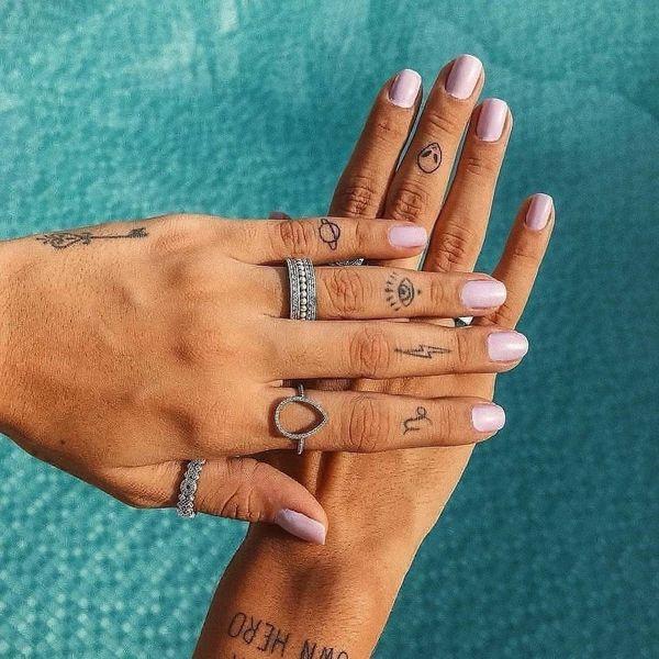 16 Tiny Tattoos That Scream Spring