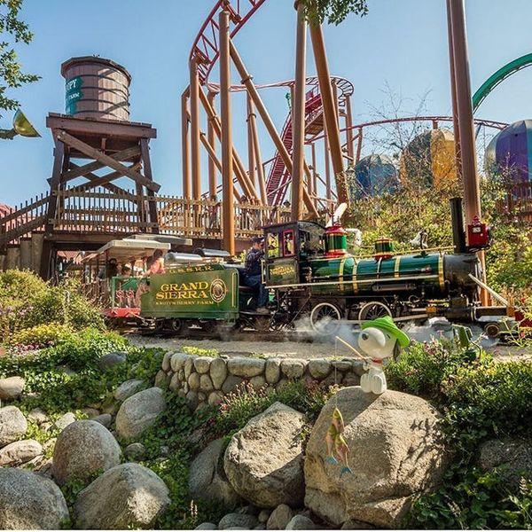 10 Non-Disney Theme Parks Worth a Visit
