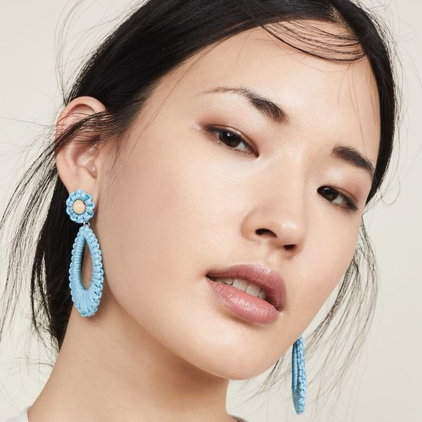 18 Trendy Earrings Made for 2019 Brides and Bridesmaids