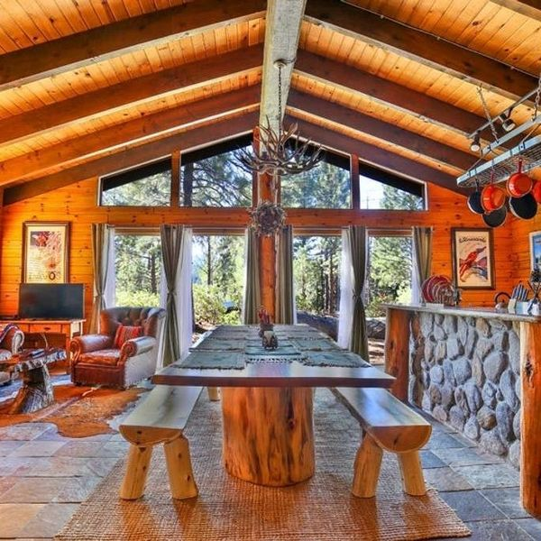 Cozy Cabins on Airbnb for Anyone Who Loves the Après More than the Ski