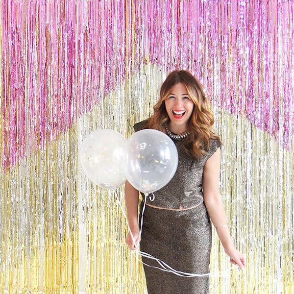 11 Ideas for Making Your New Year's Eve Photo Booth *Shine*
