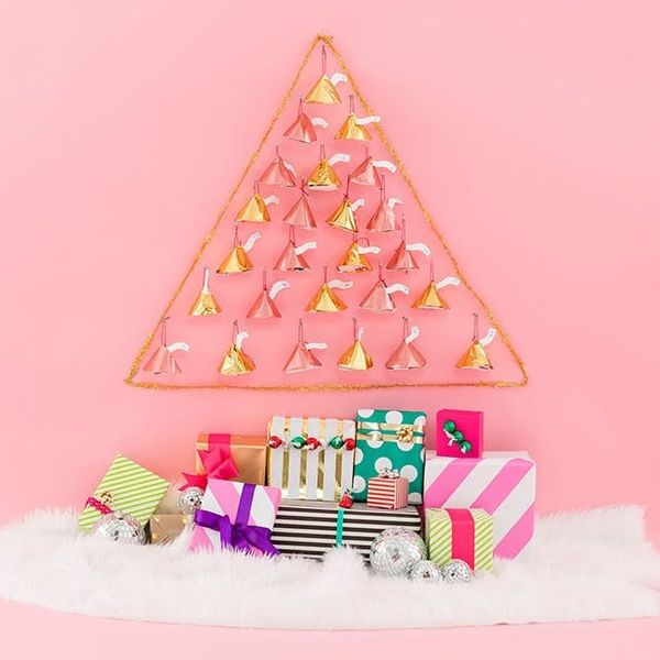 14 Advent Calendars That Actually Function at Stylish Holiday Decor