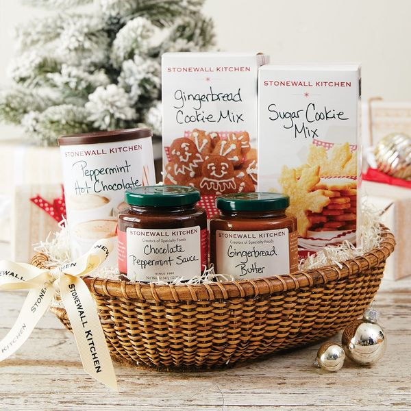 9 Gourmet Gift Baskets for the Food Lovers on Your Nice List