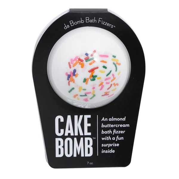 12 Bath Bombs That Won't Stain Your Tub
