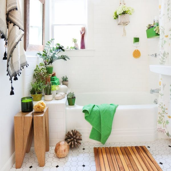 15 Ways to Make Over Your Small Bathroom Into a Spa-Worthy Escape