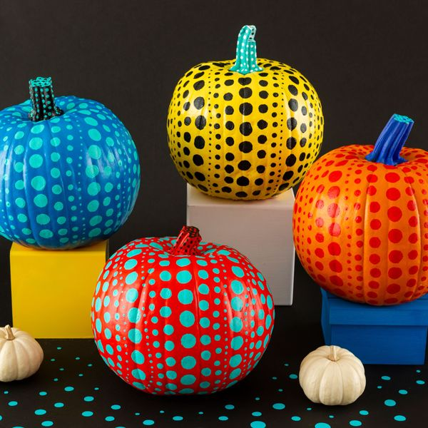 How to Paint a Yayoi Kusama-Inspired Polka Dot Pumpkin for Halloween