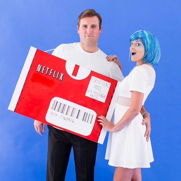 30 Ridiculously Punny Halloween Costume Ideas