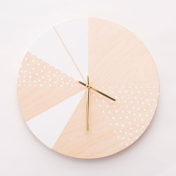 How to Make Gorgeous Wooden DIY Wall Clocks