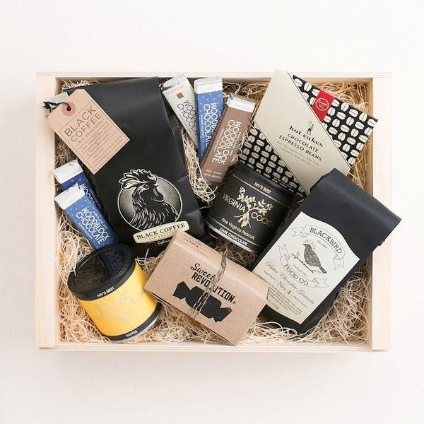 This Is the Fancy Gift Box Design Lovers Will Want to Open