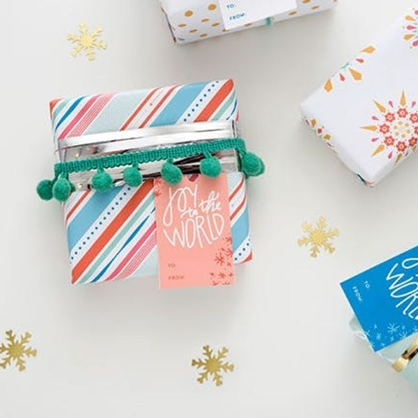 5 Creative Gift Wrap Ideas You Can Do With Stuff Around Your House