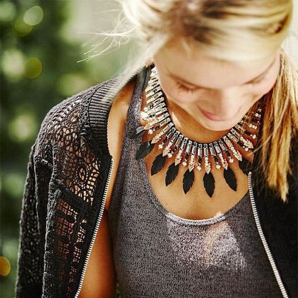 This Style Expert Shares 4 Genius Hacks to Make Your Jewelry Stand Out