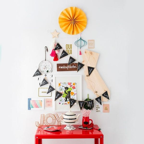 How to Turn Your Everyday Salon Wall into a Christmas Tree