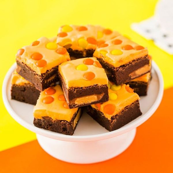 Make These Loaded Peanut Butter Brownies for Halloween