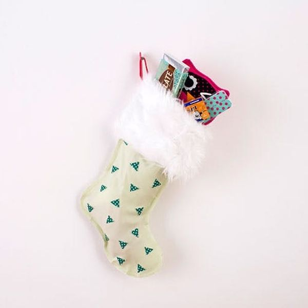 6 Creative Ways to DIY Your Holiday Stockings