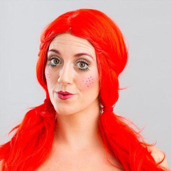 Halloween Makeup 101: The Creepy (But Kinda Pretty) Doll Face