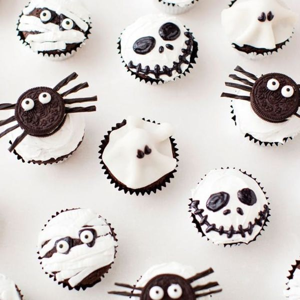 Scare Up These Spooky Monster Cupcakes for Halloween