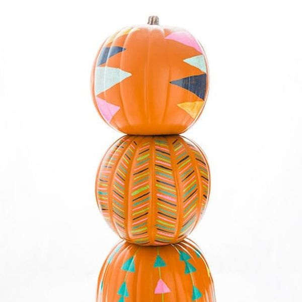 How to Turn Your Pumpkins into a Stack-O-Lantern