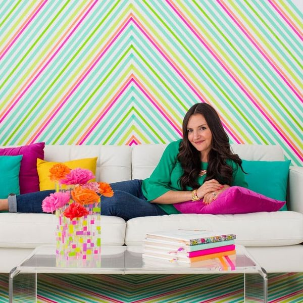 How to DIY Temporary Wallpaper Using Washi Tape
