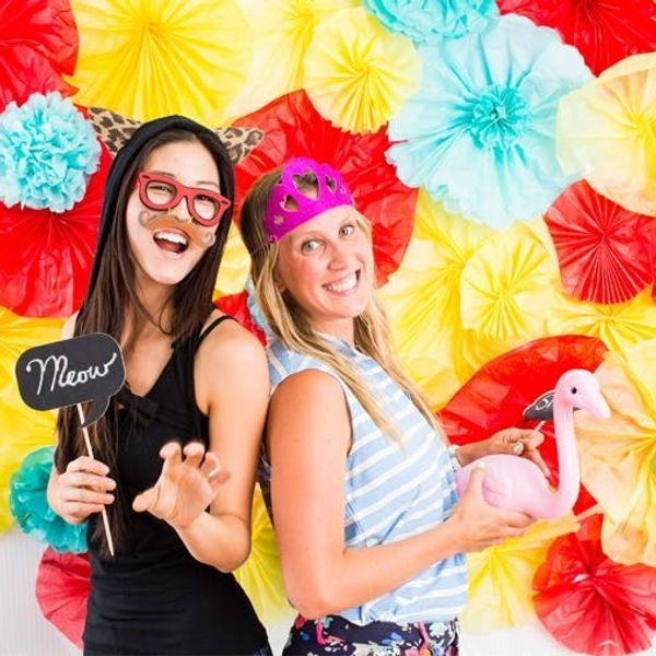 Turn Tissue Paper into a Festive Floral Photo Backdrop!