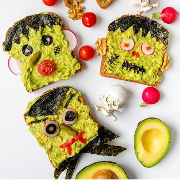 28 Easy Halloween Recipes Guaranteed to Freak Out Your Guests