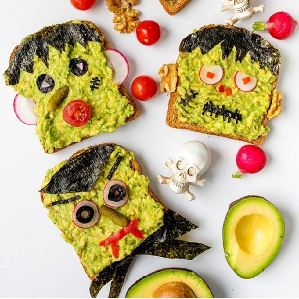 12 Easy Halloween Recipes Guaranteed to Freak Out Your Guests ...