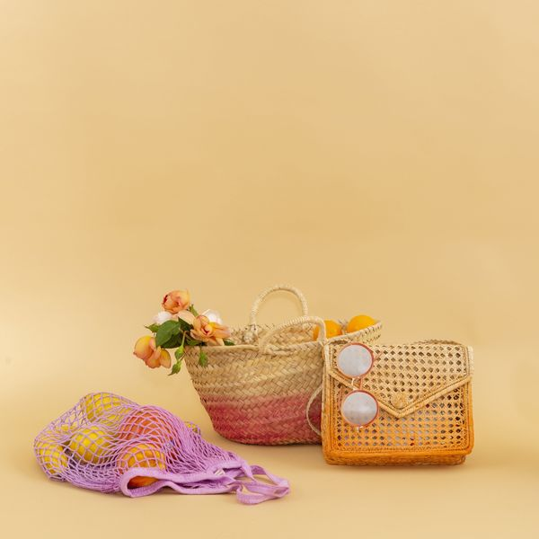 Make Your Own Dip-Dye Woven Bag With This Easy DIY