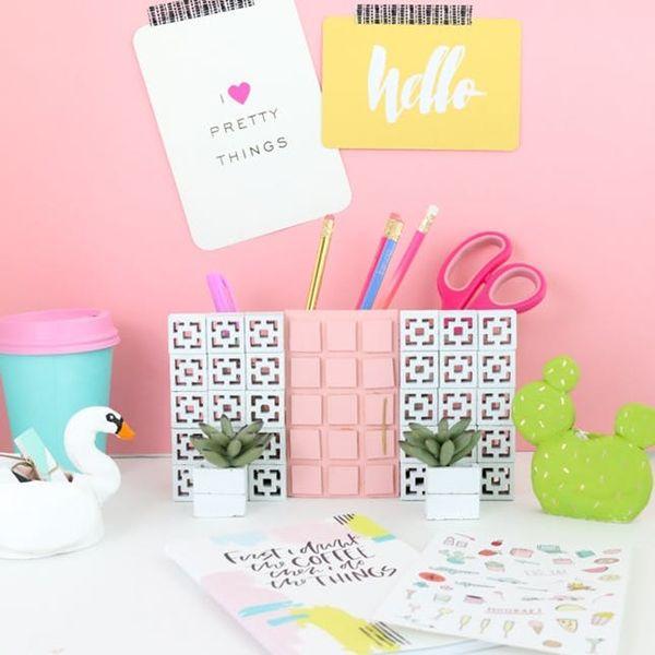 12 Easy Desk-Decor DIYs for Organized Dorm Room Perfection