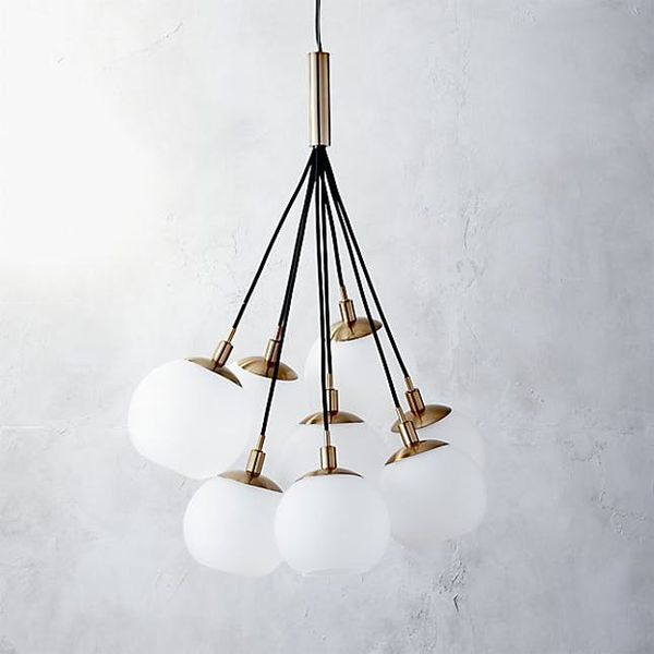 Check Out the Cluster Pendant Lights That Are Taking Over Instagram