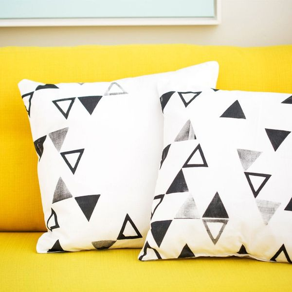 Instantly Upgrade Your Living Room With These DIY Stamped Pillows