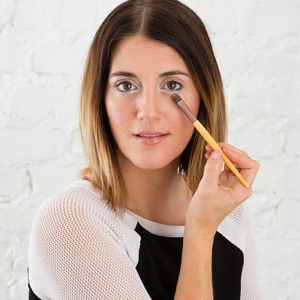 Beauty Quicky: DIY the Easiest Winter Eyeshadow Ever