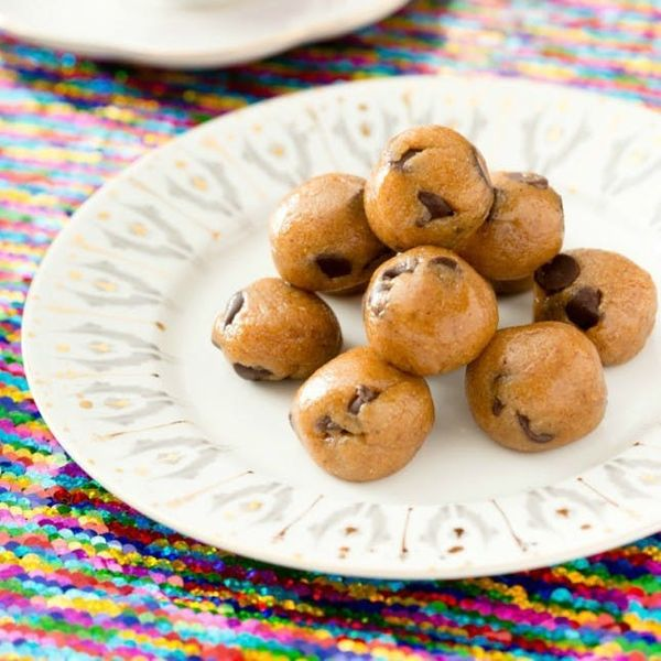Feast Your Eyes on 14 HEALTHY Cookie Dough Recipes