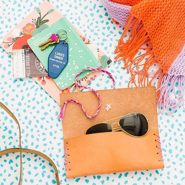 Rainbow Clutches, Letterboards, Monograms, and More Weekend Craft Projects