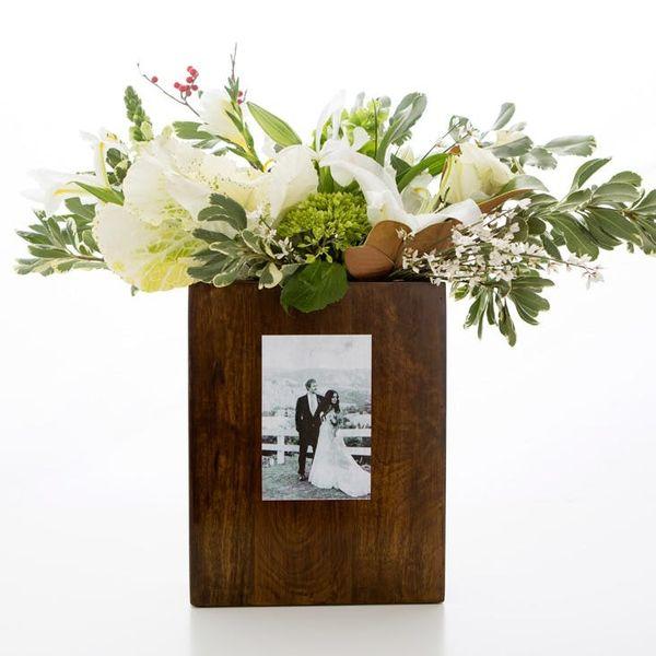 5 DIY Ways to Turn Your Wedding Photos into Decor