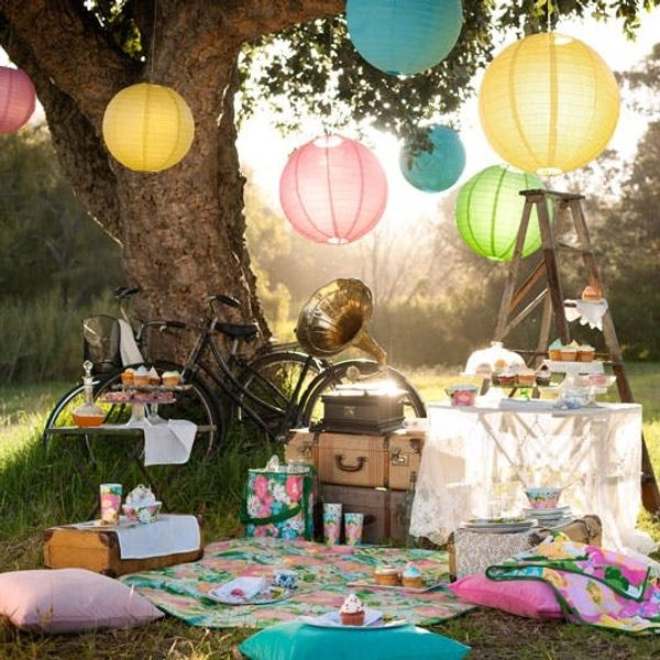Best of Etsy: 20 Must-Haves for the Perfect Vintage Picnic