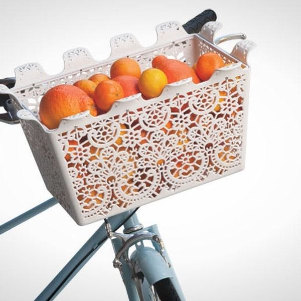 15 Beautiful Bike Baskets and Panniers