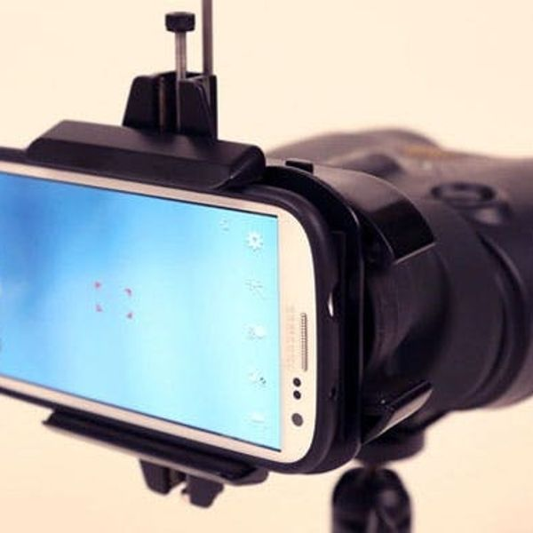 Snapzoom Turns Your Binoculars into the Ultimate Smartphone Lens