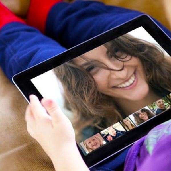 How We Use Technology to Stay in Touch (+ Laptop Giveaway!)