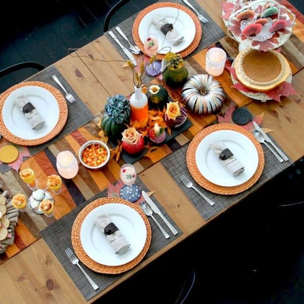 11 Ideas for Setting Your Thanksgiving Table