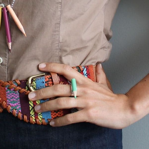 How to Repurpose Colored Pencils into Colorful Accessories