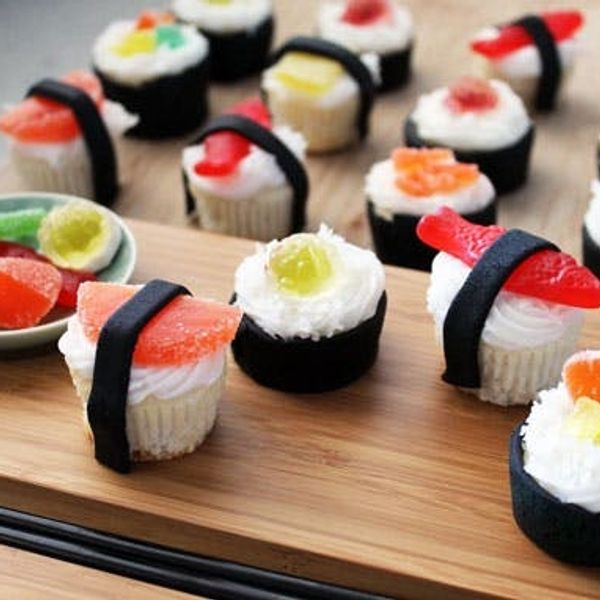 Grab Your Chopsticks: It's Sushi Cupcake Time!
